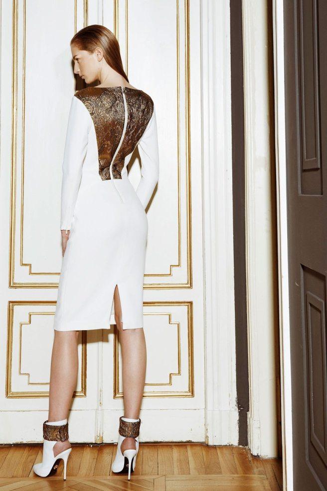 vestido encaje y oro novia