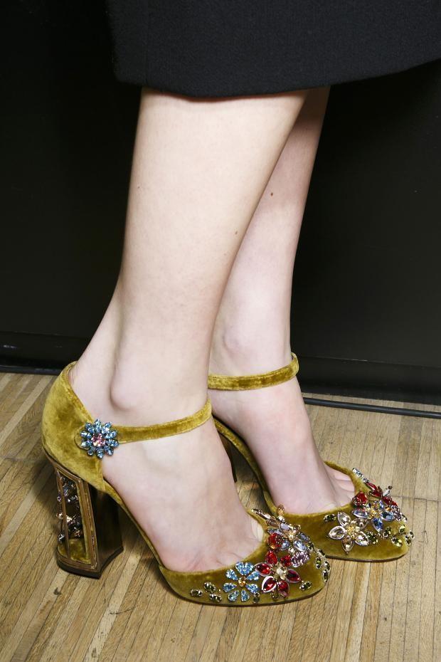 zapatos invitada boda invierno