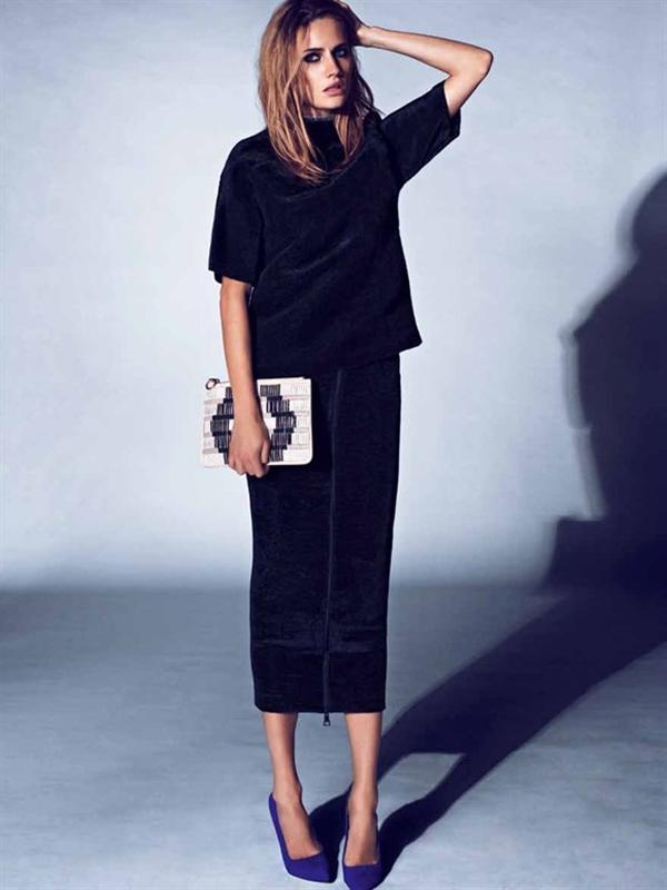 falda tubo de terciopelo para invitadas