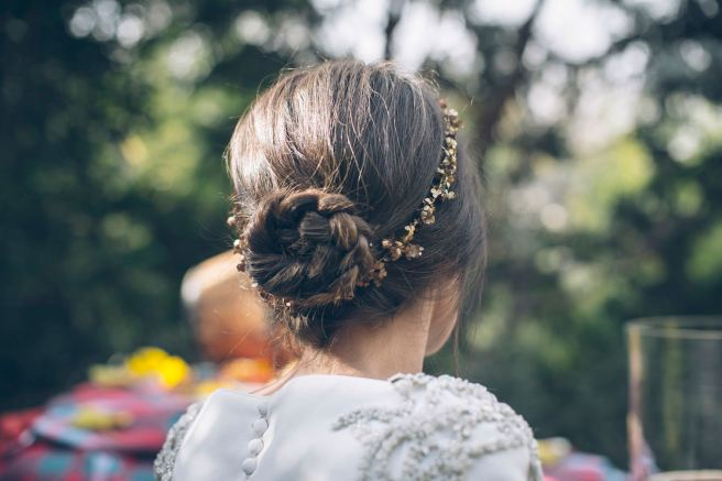 tiara dorada cucullia para novias