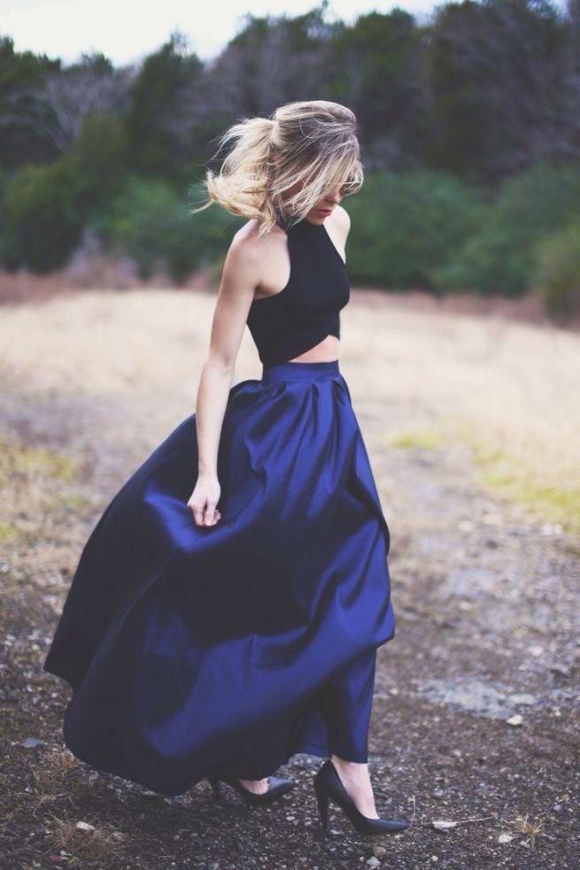 falda larga y crop top para invitadas de boda