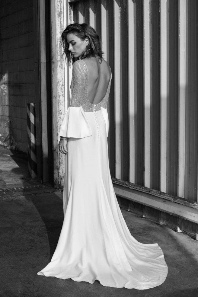 espalda-vestido-de-novia-efecto-bandeau-con-transparencia
