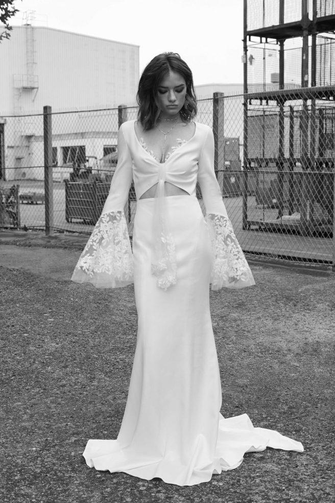 vestido-novia-manga-campana-de-encaje