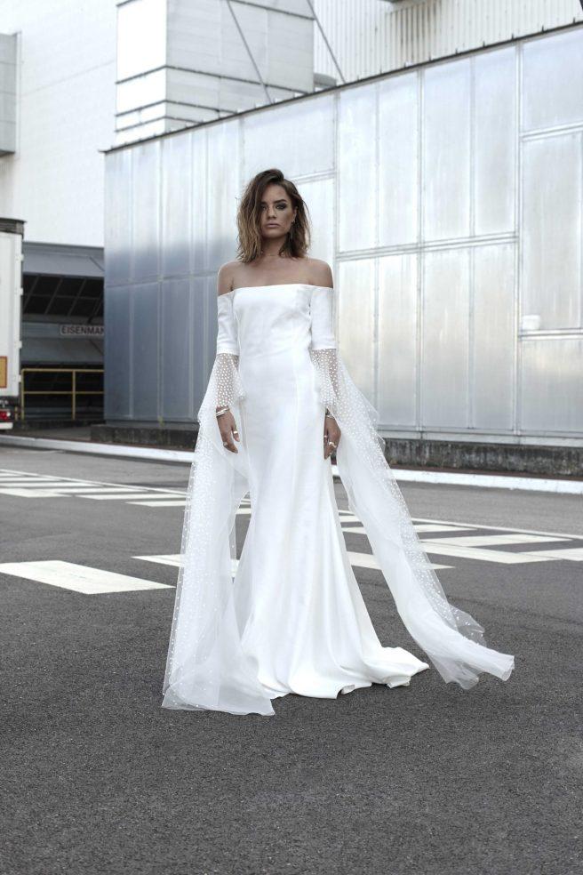 vestido-de-novia-con-maxi-mangas-plumeti